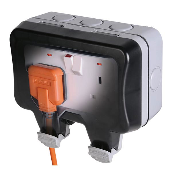 WP22 2 Gang 13A DP Switched Socket Weatherproof